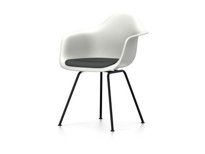 Vitra Eames Plastic Armchair DAX Sitzschale weiss mit Polster