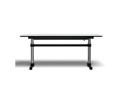 USM Kitos M Plus Tisch