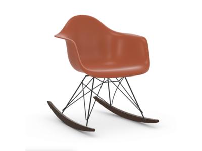Vitra Eames Plastic Armchair RAR, Holzkufen Ahorn dunkel